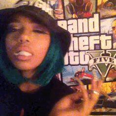 Girl Gang Aesthetic, Aesthetic Movies, Aesthetic Images, Aesthetic Grunge, Girl Smoking, Smoking Weed, Swag Girl Style, Icon Gif, Toddler Girls