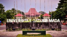 Jakarta - Three students of Universitas Gajah Mada (UGM) successfully won the Shell competition through the event University Rankings, World University, Cool Wallpaper, Wallpaper Quotes, Study Motivation Quotes, Graduation Pictures, Yogyakarta, My Dream, Fair Grounds