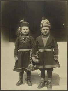"Children from Lapland | What America's Immigrants 'looked like *when* they arrived' on Ellis Island: We hear so often that America is ""a nation of immigrants"" or a ""cultural mixing pot"" . Unique America's History is as a Nation of Immigrants."