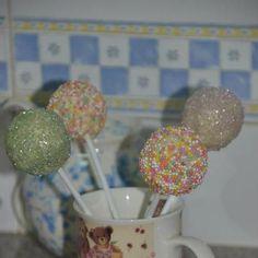cakepops Cakepops, Fondant, Desserts, Food, Pallets, Tailgate Desserts, Deserts, Cake Pop, Fondant Icing
