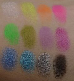 Sleek Acid i-Divine palette, swatches