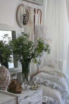 nelly vintage home: Новата закачалка