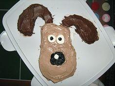 Gromit (or dog) cake