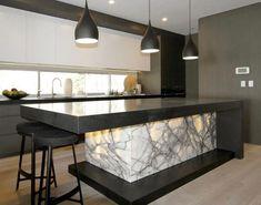39 Amazing Luxury Kitchens Design IDeas WIth Modern Style - homepiez Kitchen Room Design, Luxury Kitchen Design, Luxury Kitchens, Home Decor Kitchen, Modern House Design, Interior Design Kitchen, Kitchen Furniture, Home Kitchens, Kitchen Ideas