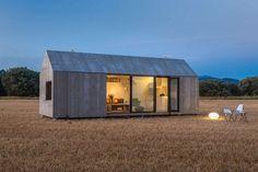 Nhà ở biệt lập dưới 300m2 đẹp nhất (Giải hội đồng chuyên môn) Hut on Sleds, New Zealand