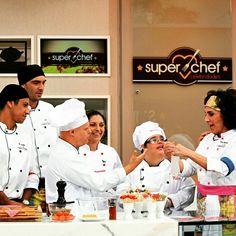 Hoje os nossos queridos amigos do Chefs Especiais apareceram no programa Mais Você! Entenda um pouco mais sobre esse projeto maravilhoso em nosso site! Parabéns a toda equipe que proporciona essa oportunidade a pessoas tão queridas!! #nósapoiamos #amarelapresentes #chefsespeciais #inclusao #gastronomia