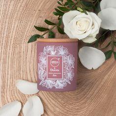 Klasyczna, romantyczna i słodka jak zapach miłosnych wyznań. Podobno nie ma roży bez kolców.. A my taka dla Was mamy :) róża, którą możesz wąchać kiedy tylko zapragniesz  :)