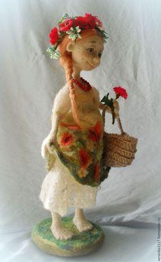 """Коллекционные куклы ручной работы. Войлочная кукла """"Маков цвет"""". Vera1117. Ярмарка Мастеров. Кукла с настроением, девочка с цветами"""