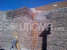 Estabilización de talud mediante gaviones en Aranjuez, Madrid. Ejecución (4). #EstabilizaciónDeTaludes #Gaviones + info: http://www.solutioma.com/estabilizacion-taludes/gaviones-malla.php