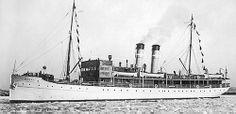 1898 – Ensimmäinen matkustaja-alus, Bore I, rakennettiin. (kuva vuodelta 1927)
