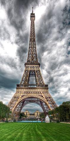 Paris vs London infographics  http://parisisparis.com/news/paris-vs-london/