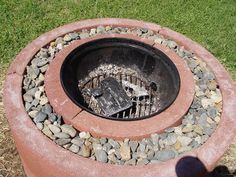 4 Proud Tricks: Rustic Fire Pit Outdoor fire pit wedding awesome.Simple Fire Pit Home. Fire Pit Uses, Easy Fire Pit, Backyard Projects, Backyard Ideas, Patio Ideas, Firepit Ideas, Outdoor Ideas, Diy Projects, Garden Ideas