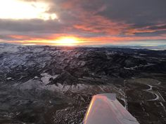 #sunset #flying #travel Pilot Career, Utah, Sunset, Travel, Viajes, Destinations, Sunsets, Traveling, Trips