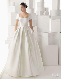 Fall Wedding Gowns, Wedding Dress 2013, Elegant Wedding Dress, Best Wedding Dresses, Perfect Wedding Dress, Bridal Dresses, Trendy Wedding, Wedding Simple, Wedding Pics