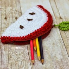 Crochet Apple Pouch Pattern
