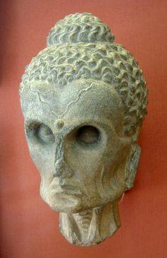 Buddha as an Ascetic (British Museum). British Museum, Museum Photography, Museum Architecture, Art Premier, 17th Century Art, Gautama Buddha, Art Sculpture, Buddha Sculpture, Religion