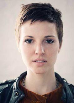 Short Pixie Haircuts for Women 2012 - 2013   2013 Short Haircut for Women