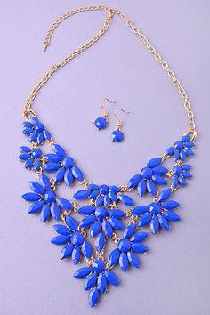 Fancy Faux Gem Necklace Set. - Mid Length