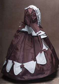 "Antique Silk Taffeta dress for French Fashion doll about 16-17"" (40-43 cm)"