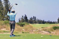 Here's how to finally get rid of those first tee jitters! #golftip #golf #instruction