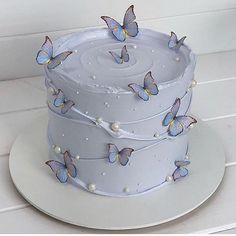 Pretty Birthday Cakes, Pretty Cakes, Cute Cakes, Beautiful Cakes, Amazing Cakes, 14 Birthday Cakes, Sweet Cakes, Birthday Cake For Guys, Designer Birthday Cakes