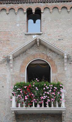Padua, Italy Trieste, Padua Italy, Balconies, City, Places, Travel, Sweet, Italia, Pictures