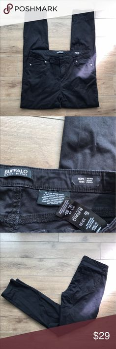 """Buffalo david Bitton hope Skinny Stretch jeans Buffalo david Bitton hope Mid rise Skinny jeans. 30"""" inseam.   💋Super stylish and comfy. Excellent condition. From non-smoking, non-pet home.   💋Add to bundle to save on shipping costs! Don't forget to add any two things in my closet and receive an extra 10% off! no trades.  💋About me: Please buy with confidence. I work to make sure my clients are happy! I buy similar styles, trends,brands and sizes, please follow me to see new styles added…"""