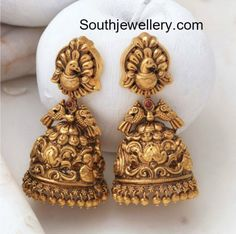 Antique Earrings latest jewelry designs - Page 2 of 56 - Indian Jewellery Designs Gold Jhumka Earrings, Jewelry Design Earrings, Gold Earrings Designs, Antique Earrings, Jewellery Designs, Jhumka Designs, Golden Earrings, Jewelry Patterns, Antique Jewelry