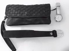 Accessoires machen aus Kleidern erst Outfits. Torean Gürtel black bei Zartherb in Aichach http://zartherb-aichach.de Buckles & Belts