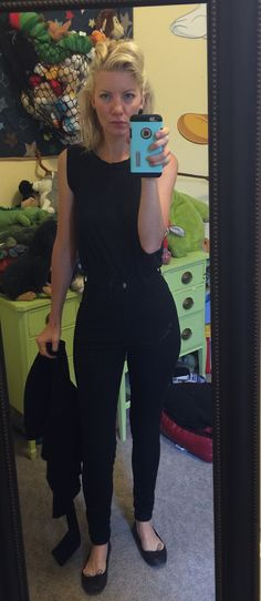 #sdkstyle #doyoucarewhatiwear #blackclothes