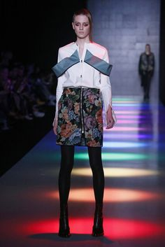 Saint-Tokyo | Fall 2016 Ready-to-Wear Collection — Russia | Vogue Runway