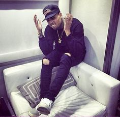 CHRIS BROWN'S FOREVER FOR THE RECEPTION OR TO EVEN WALK OUT TO DURING THE CEREMONY Chris Brown And Royalty, Chris Brown Style, Breezy Chris Brown, Chris Brown Quotes, Chris Brown Pictures, Big Sean, Trey Songz, Rita Ora, Ryan Gosling