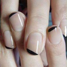 Decoración de uñas cortas para chicas descomplicadas | Vibra Nail Art Diy, Easy Nail Art, Diy Nails, Orange Nail Designs, Nail Art Designs, Nails Design, Nailart, Short Nails Art, Minimalist Nails