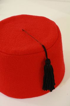 How to make a fez - step by step instructions and pattern by tallystreasury.com