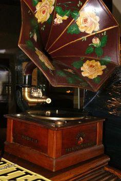 Antique Victor talking machine