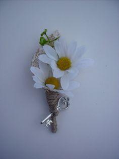 Rustic vintage daisy groom's boutonniere by LittleBlueBirdSays, $10.00