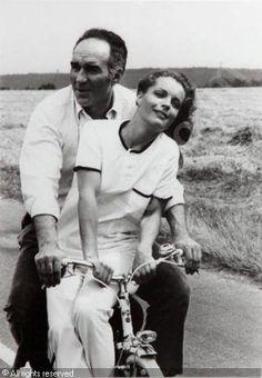 Romy Schneider & Michel Piccoli dans « Les Choses de la vie » de Claude…