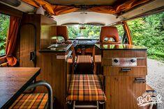 A l int rieur de notre combi westfalia 1975 volkswagen for A l interieur trailer