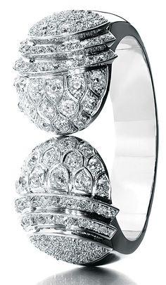 An Art Moderne diamond bangle-clip by René Boivin from Siegelson
