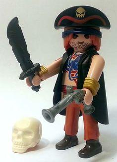 """Jack Bird, il Capitano dei Pirati: figurino da collezione in allegato con la """"Playmobil Magazine"""". #Miniatures #Playmobil"""