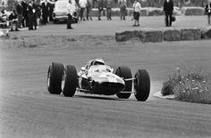 Jim Clark, Lotus 33 - Coventry Climax FWMV 1.5 V8. GP, Circuit Park Zandvoort 1965.
