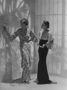 Evening dresses by Mainbocher, 1934. Photo: George Hoyningen-Huene.