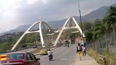 Imponentes los puentes de entrada a Girón muy cerquita a Bucaramanga. Gracias Victor Hugo Perico (https://www.facebook.com/victorhugo.pericojerena) por compartir esta foto. #bucaramangabonita