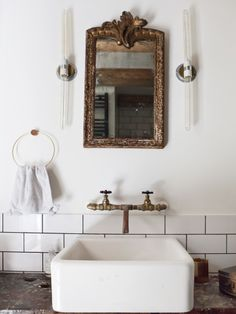 Vintage glam bathroom
