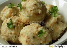 Cibulové knedlíky recept - TopRecepty.cz Gnocchi, Potato Salad, Mashed Potatoes, Cauliflower, Side Dishes, Vegetables, Ethnic Recipes, Pizza, Essen