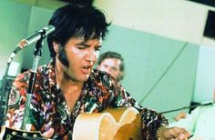The top ten Elvis Presley DVDs of all time - compilations, original albums, live recordings, and more! A handy shopping list from your oldies.about.com guide. Compare prices and buy these Elvis DVDs here!