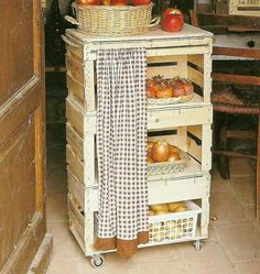 Top 23 Cool DIY Kitchen Pallets Ideas You Should Not Miss Fruit and vegetable storage cabinet. Top 23 Cool DIY Kitchen Pallets Ideas You Should Not Miss Diy Kitchen Island, Kitchen Decor, Kitchen Cart, Kitchen Cabinets, Cool Diy, Diy Casa, Crate Furniture, Furniture Storage, Wooden Furniture