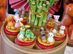 Cupcakes at a Chinese New Year Party #chinesenewyear #partycupcakes