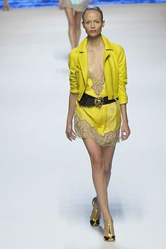 Blumarine Spring 2008 Ready-to-Wear Fashion Show - Natasha Poly