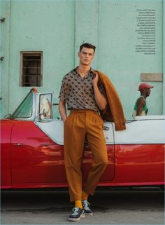 Filip Hrivnak Explores Havana with ShortList is part of men's fashion - Filip Hrivnak is the latest model to travel to Cuba for a fashion story The Slovakian model covers the latest issue of ShortList with a trip to Havana Fashion Week Hommes, Slim Fit Trousers, Trouser Pants, Mode Vintage, Vintage Men, Mens Vintage Shirts, Vintage Trends, Mode Streetwear, Fashion Story